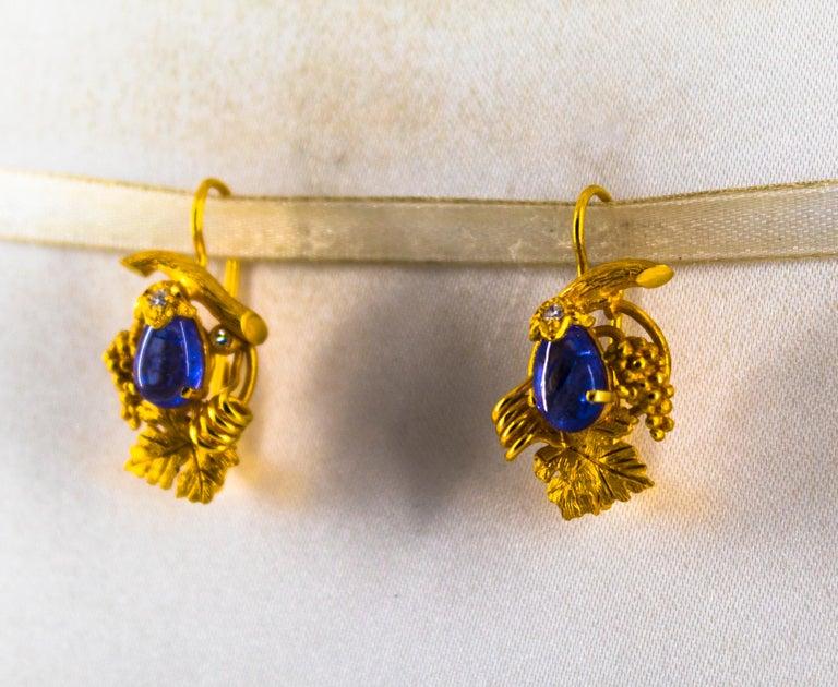 Women's or Men's  5.12 Carat White Diamond Tanzanite Yellow Gold Lever-Back Earrings For Sale