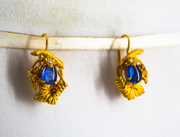 5.12 Carat White Diamond Tanzanite Yellow Gold Lever-Back Earrings For Sale 1