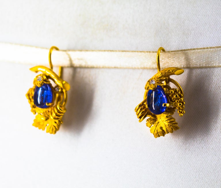 5.12 Carat White Diamond Tanzanite Yellow Gold Lever-Back Earrings For Sale 3