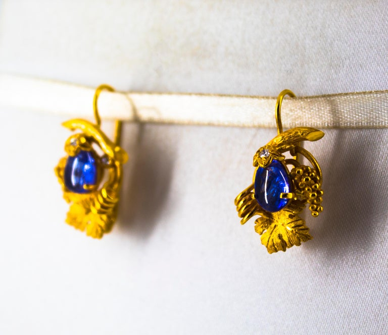 5.12 Carat White Diamond Tanzanite Yellow Gold Lever-Back Earrings For Sale 4