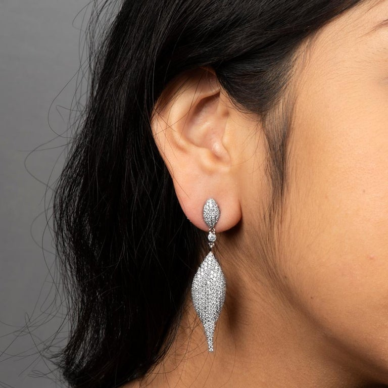 5.14 Carat Total Weight Diamond Modern Leaf Dangle Earrings in 14 Karat Gold 3