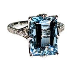 5.16 Carat Emerald Aquamarine Diamond Pave Platinum Lotus Flower Cocktail Ring