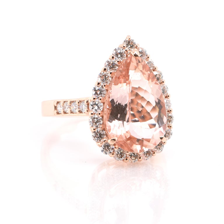 Modern 5.16 Carat Natural Morganite and Diamond Cocktail Ring Set in 18 Karat Rose Gold For Sale
