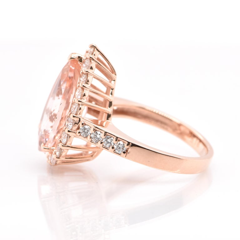 5.16 Carat Natural Morganite and Diamond Cocktail Ring Set in 18 Karat Rose Gold In New Condition For Sale In Tokyo, JP