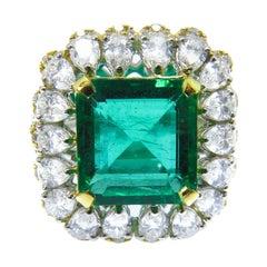 18 Karat Yellow White Gold 5.18 Carat Emerald and Pear Shape Diamond ClusterRing