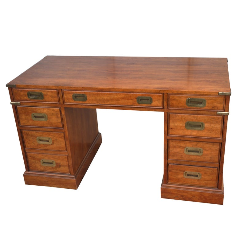 Campaign Style Desk by National Mt. Airy In Good Condition For Sale In Pasadena, TX