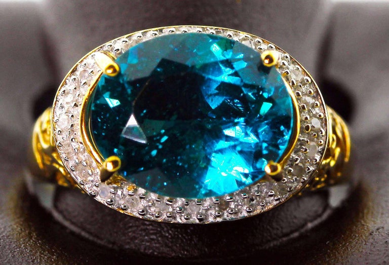 Gemjunky Madagascar Natural 5.2 Carat Apatite and Diamond 10Kt Yellow Gold Ring In New Condition For Sale In Tuxedo Park , NY