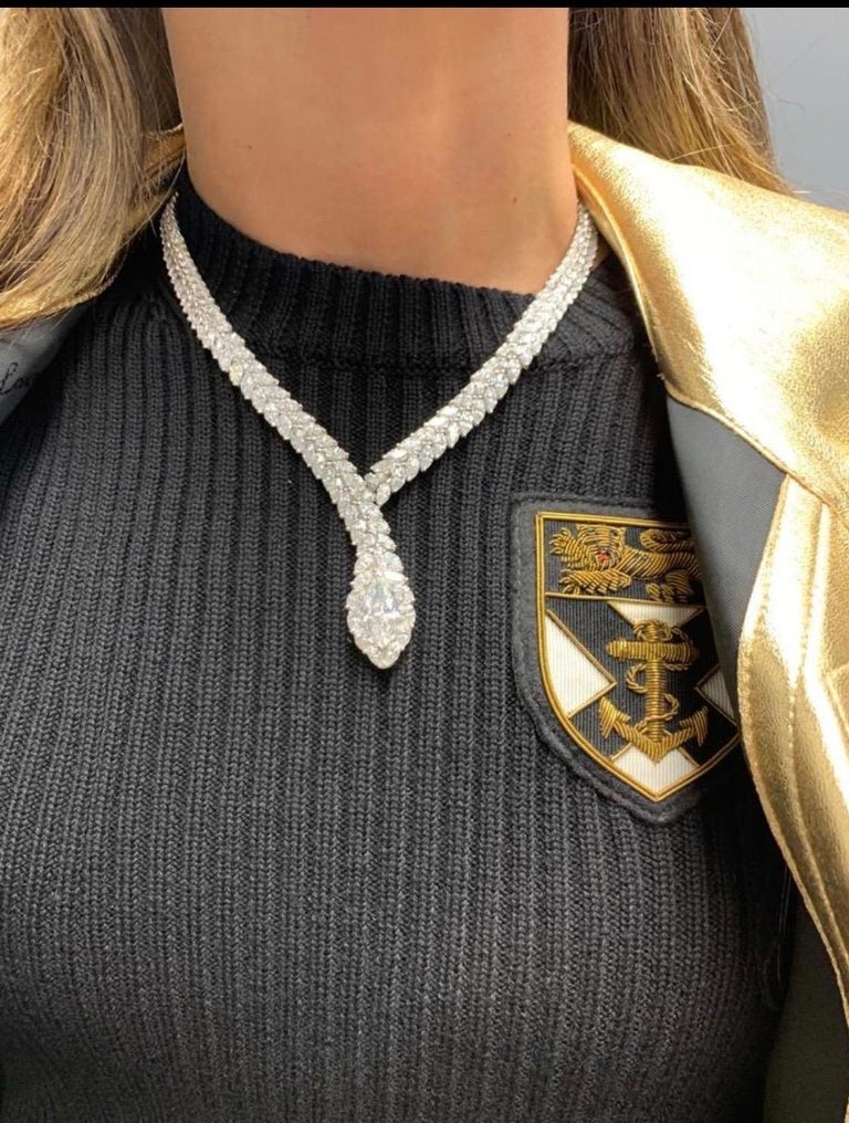 52 Carat Marquise Cut Diamond Snake Necklace In Excellent Condition For Sale In New York, NY