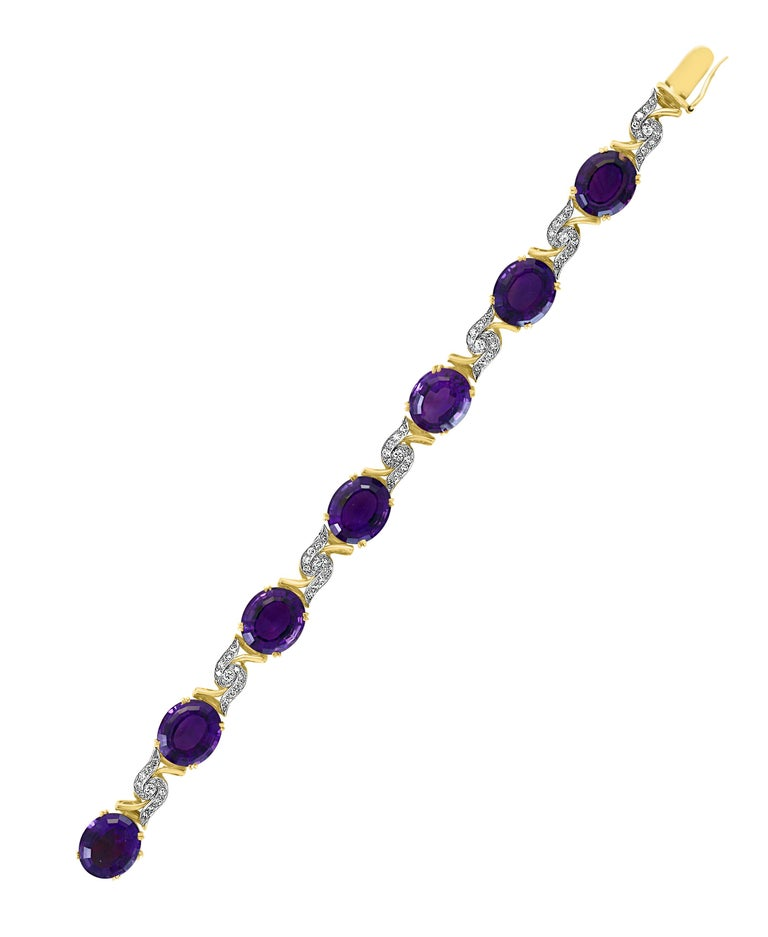 52 Carat Oval Amethyst and Diamond Bracelet in 18 Karat Yellow Gold In Excellent Condition For Sale In Scarsdale, NY