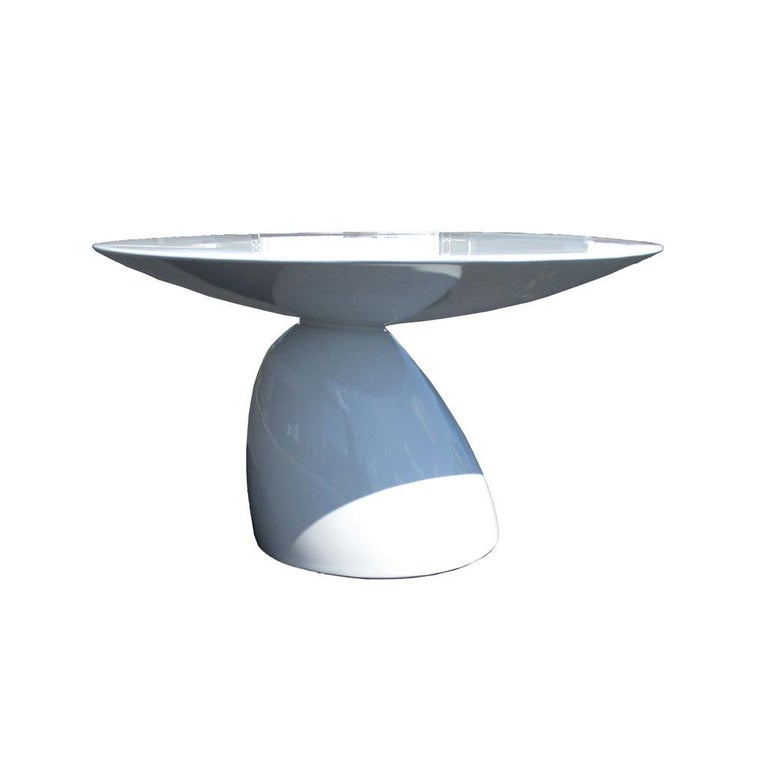 Mid-Century Modern Round Sculptural Dining Table in the Style of Eero Aarnio For Sale
