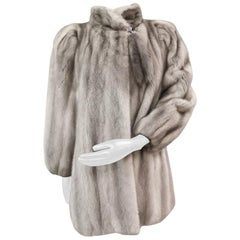 Pre-owned Sapphire Mink Fur Coat size 6-8