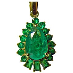 5.20 Carat Best Color Colombian Emerald Solitaire Drop Pendant Necklace 18K