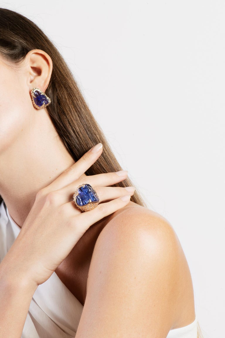 52.580 carats Tanzanite Tumble Diamond 18K White Gold Clip On Earrings For Sale 1