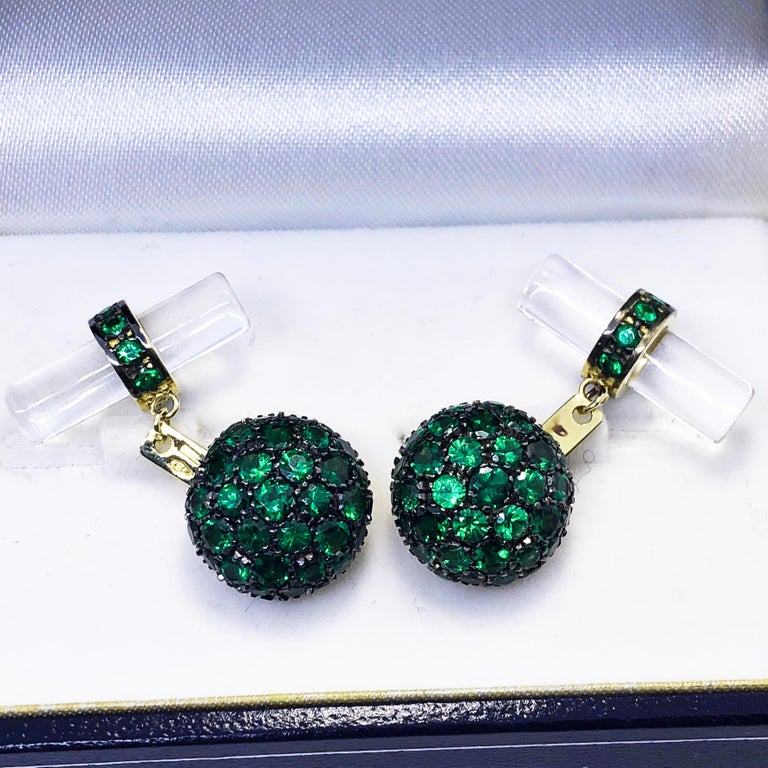 5.28 Carat Tsavorite 18Kt Black Yellow Gold Rock Crystal Baton Back Cufflinks In New Condition For Sale In Valenza, IT