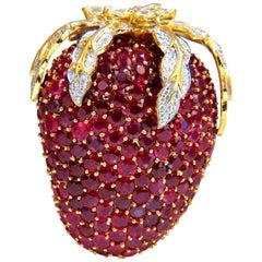 52.90 Carat Natural Ruby Diamond Strawberry Brooch Pin 18 Karat