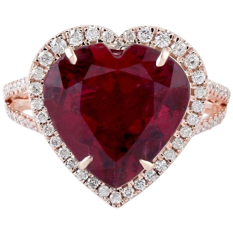 5.3 Carat Rubellite Diamond 18 Karat Gold Heart Ring For Sale