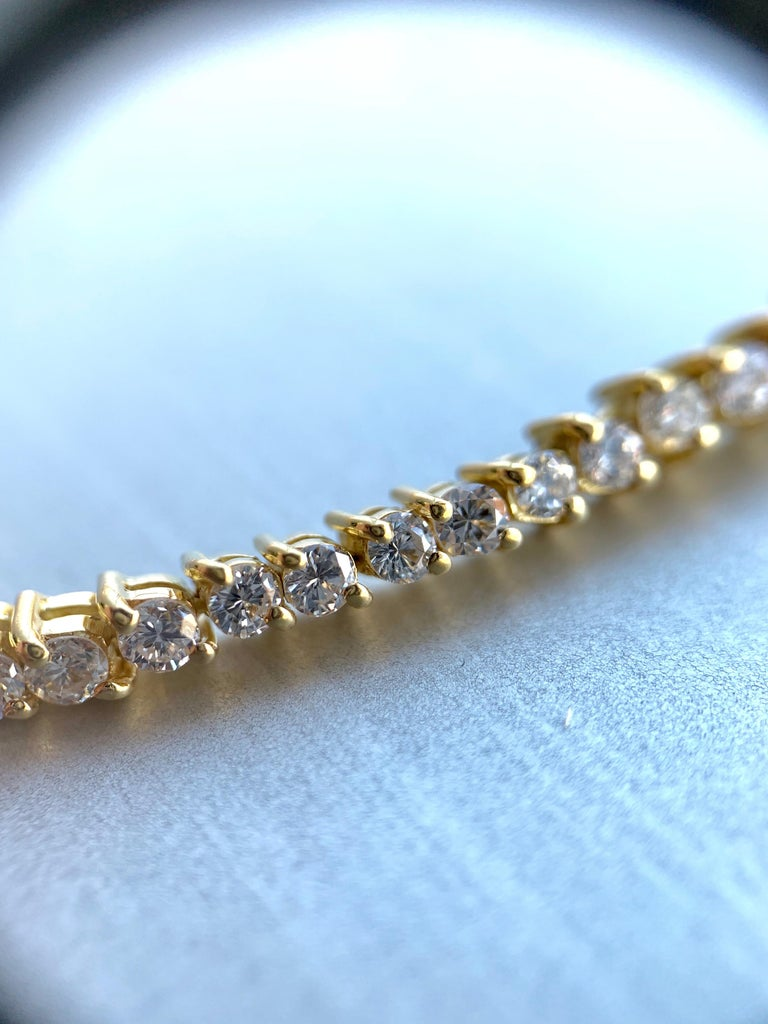 Women's or Men's 5.30 Carat TW Diamond Tennis Necklace 18 Karat Gold For Sale