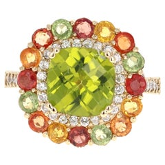 5.33 Carat Peridot Sapphire and Diamond 14 Karat Yellow Gold Ring