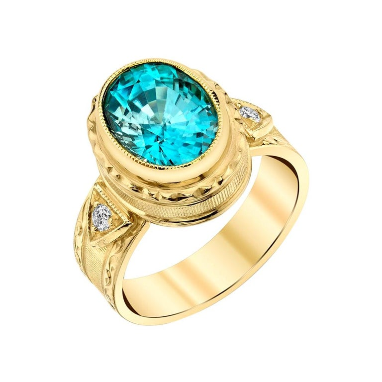 5.34 ct. Blue Zircon, Diamond 18k Yellow Gold Bezel Hand Engraved Signet Ring For Sale