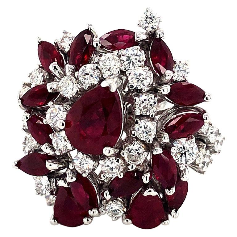 5.35 Carat Ruby and Diamonds Ring 18 Karat Gold For Sale