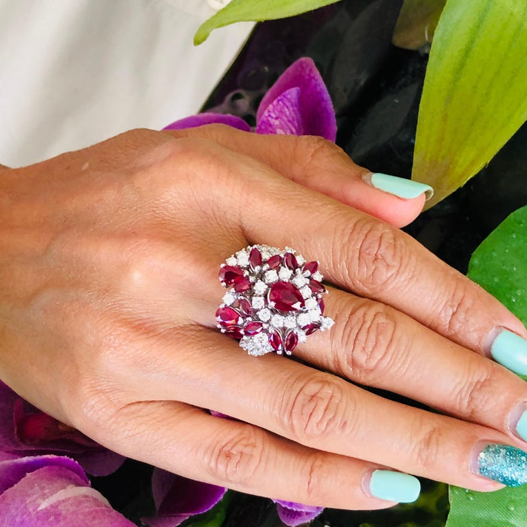 5.35 Carat Ruby and Diamonds Ring 18 Karat Gold For Sale 5