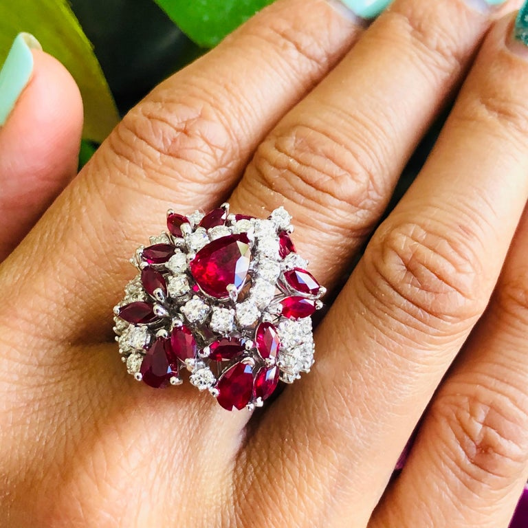5.35 Carat Ruby and Diamonds Ring 18 Karat Gold For Sale 6