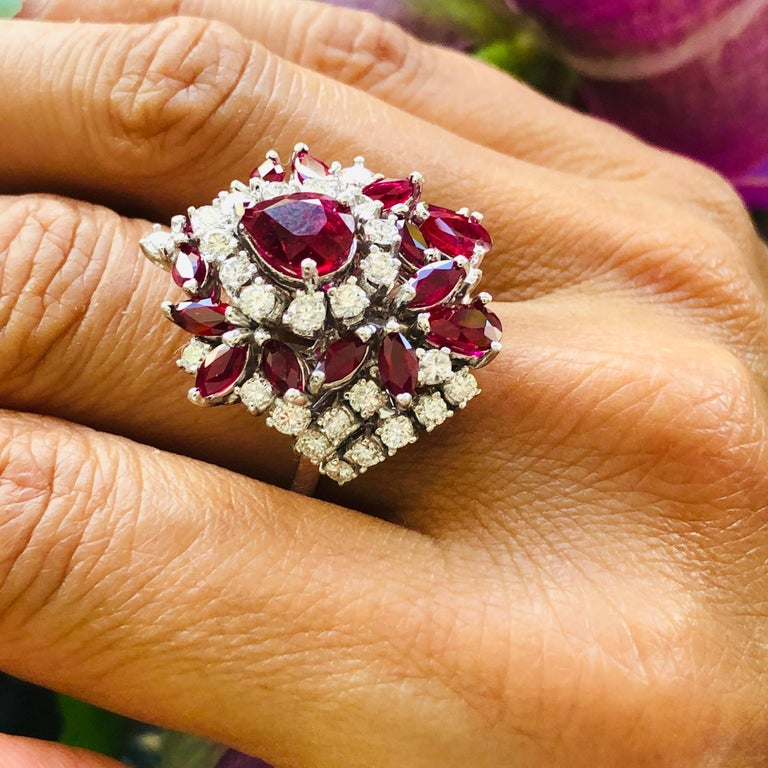 5.35 Carat Ruby and Diamonds Ring 18 Karat Gold For Sale 7