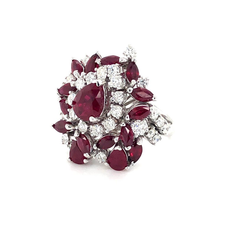5.35 Carat Ruby and Diamonds Ring 18 Karat Gold For Sale 2