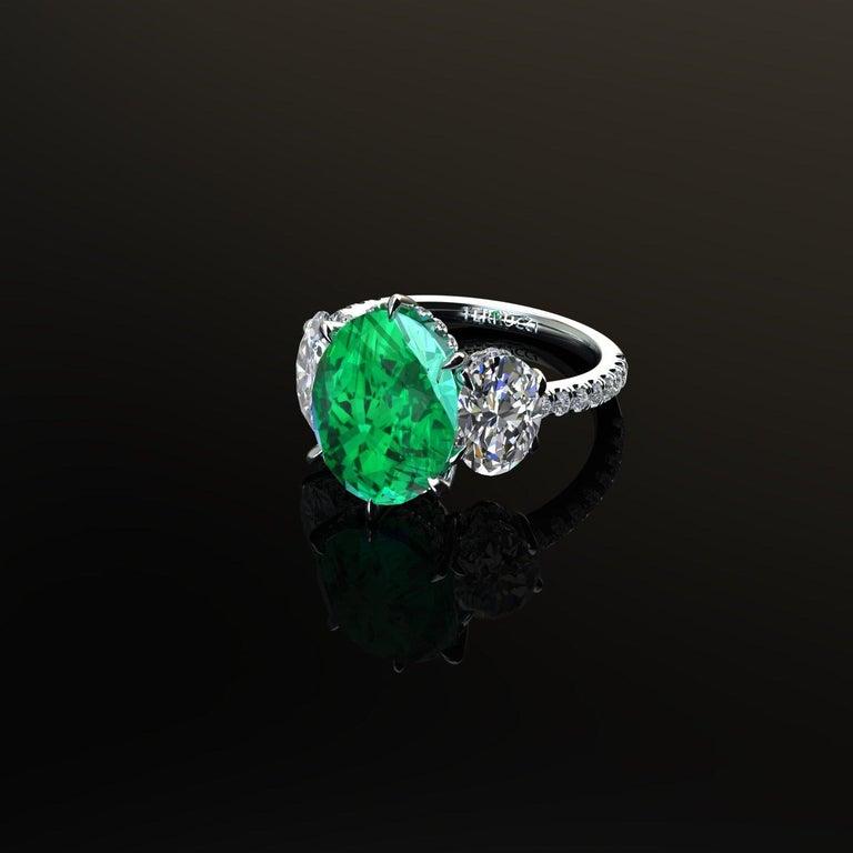 5.37 Carat Oval Emerald 2 Carat Oval White Diamonds Platinum 950 Ring For Sale 2