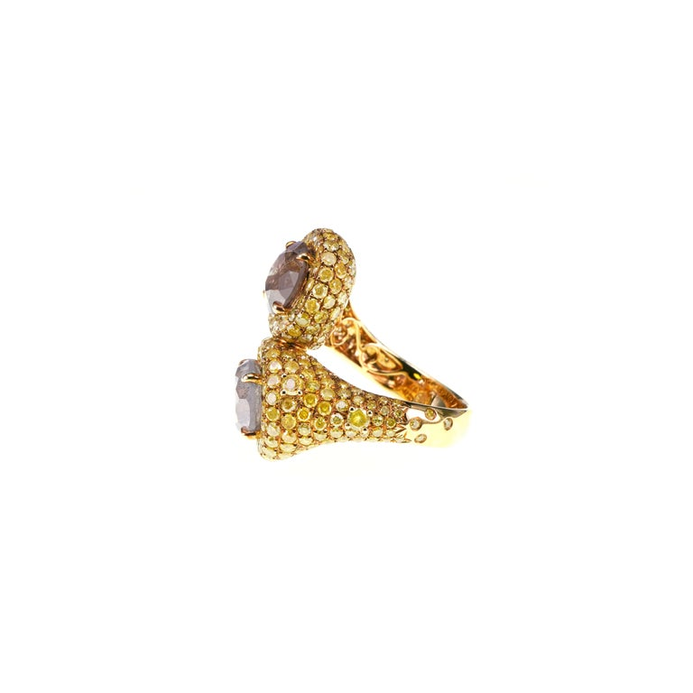 Art Nouveau 5.4 Carat Fancy White Fancy Brown Pair YOU AND ME 18k Gold Wedding Ring For Sale