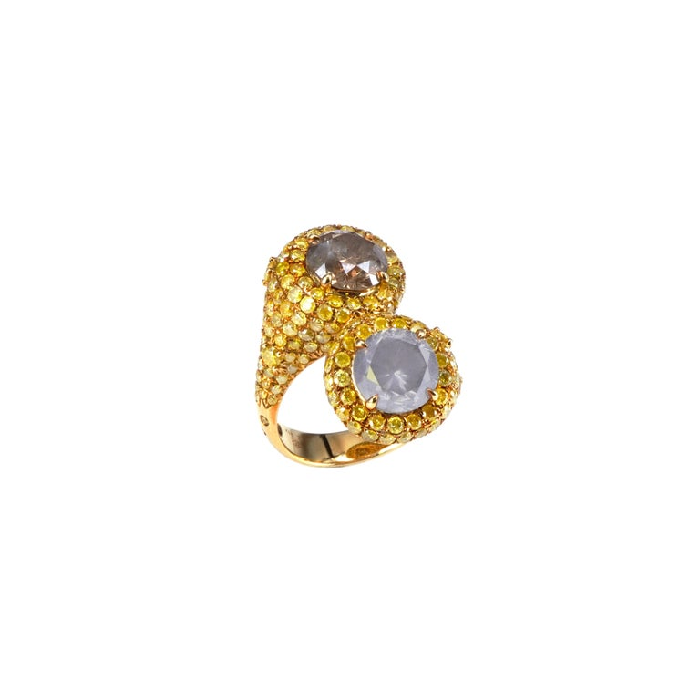 Men's 5.4 Carat Fancy White Fancy Brown Pair YOU AND ME 18k Gold Wedding Ring For Sale