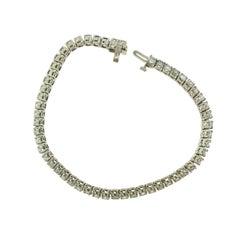 54 Round Diamond Tennis Bracelet in White Gold, 8 Carat 'T-1'