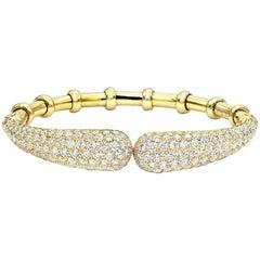 5.40 Carat Diamond 18 Karat Yellow Gold Cuff