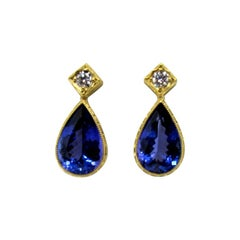 5.40 Carat Tanzanite and Diamond 18 Karat Earrings