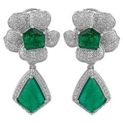 5.43 Carat Diamond Emerald 18 Karat White Gold Flower Earrings