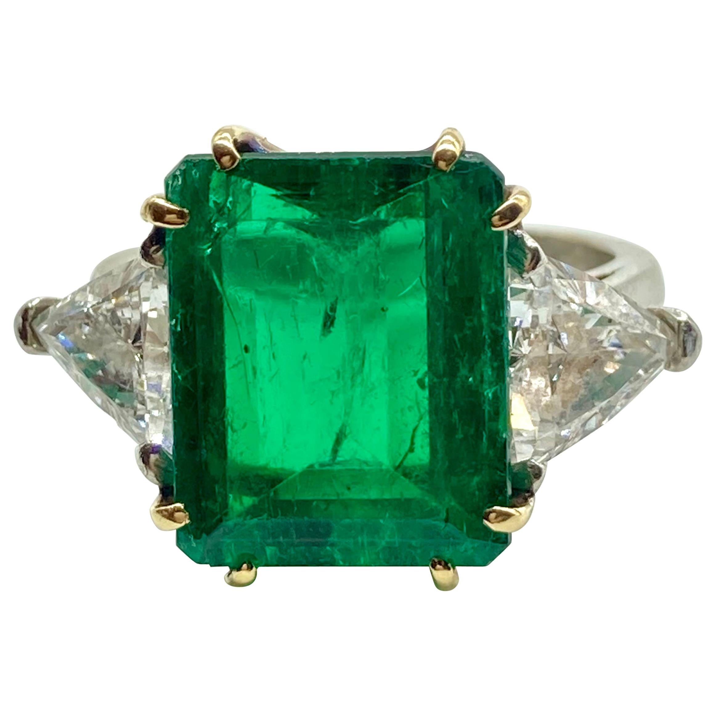 5.44 Carat Colombian Emerald and Diamond White Gold Ring