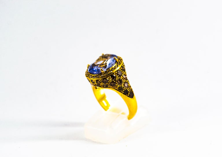 Women's or Men's 5.46 Carat Blue Sapphire 2.80 Carat Brown Diamond Yellow Gold Cocktail Ring For Sale