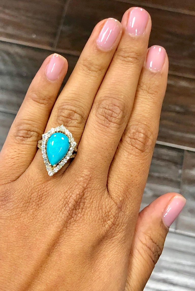 5.49 Carat Turquoise Diamond 14 Karat Yellow Gold Cocktail Ring In New Condition For Sale In Los Angeles, CA