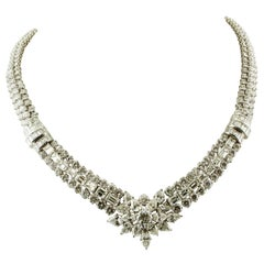 55 Carat of Diamonds, 18 Karat White Gold Collier