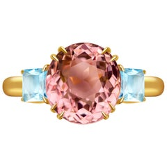 5.5 Carat Pink Tourmaline and Aquamarine 14 Karat Yellow Gold Ring