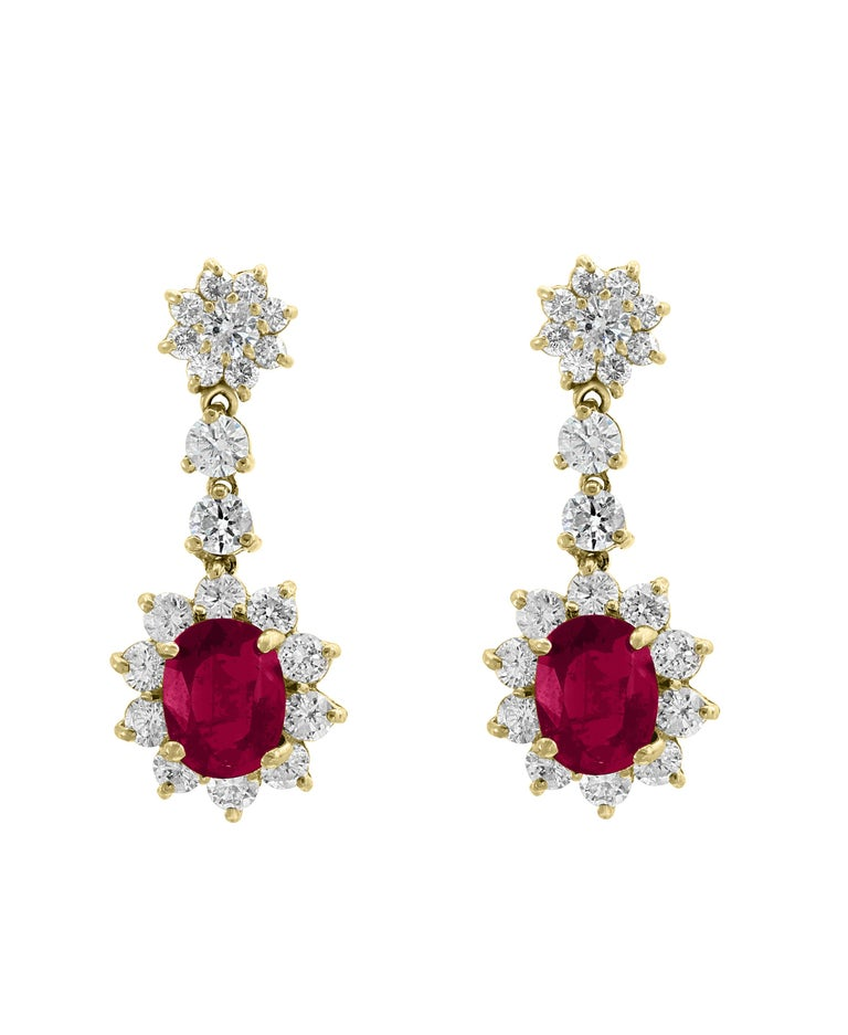 5.5 Carat Ruby and 5 Carat Diamond Hanging or Chandelier Earrings 18 Karat Gold For Sale 3