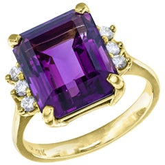 5.50 Carat Amethyst Diamond Yellow Gold Ring