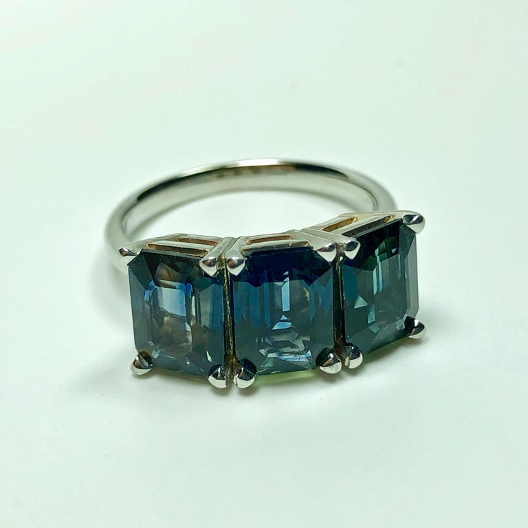 Contemporary 5.50 Carat Blue Natural Sapphire Three-Stone Wedding Ring White Gold For Sale