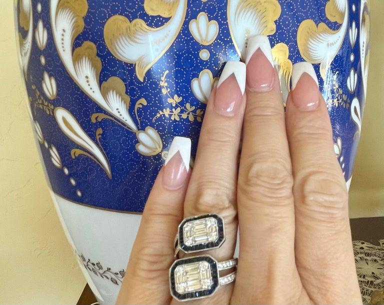 Dazzling Art Deco style, large and showy, 18 karat white gold