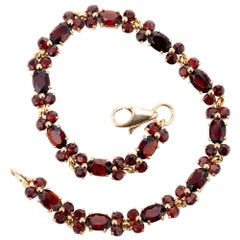 5.50 Carat Garnet Yellow Gold Bracelet