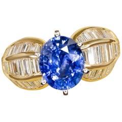 5.50 Carat Sri Lanka Sapphire Diamond Yellow Gold Ring