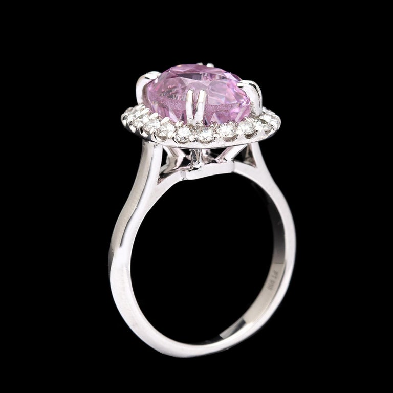 5.53 Carat Kunzite and Diamond Ring In Excellent Condition For Sale In San Francisco, CA
