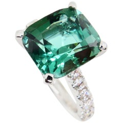 5.56 Carat Natural Green Tourmaline and Diamond Statement Cocktail Ring