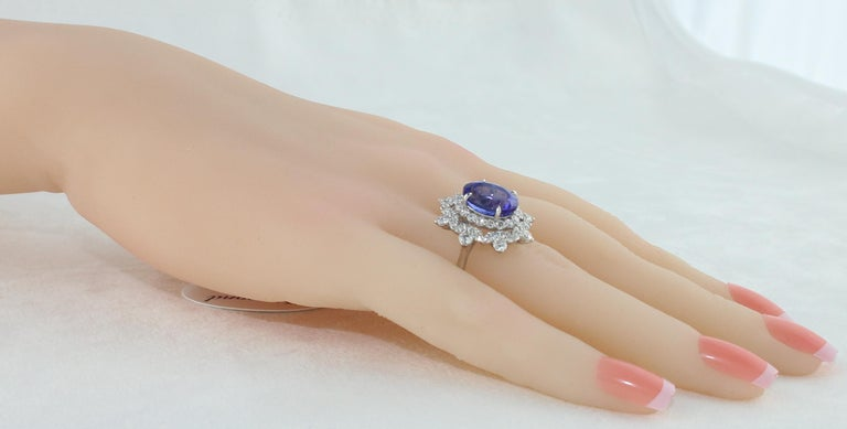 Women's 5.58 Carat Oval Tanzanite Diamond Cocktail Gold Ring For Sale