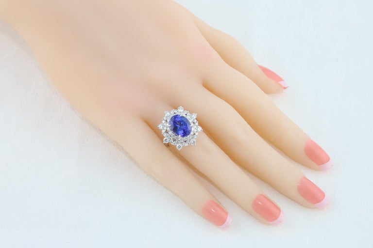 5.58 Carat Oval Tanzanite Diamond Cocktail Gold Ring For Sale 2